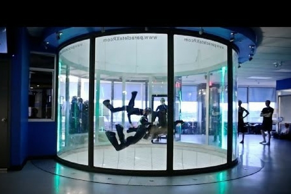 students fly in wind tunnel for tunnel league
