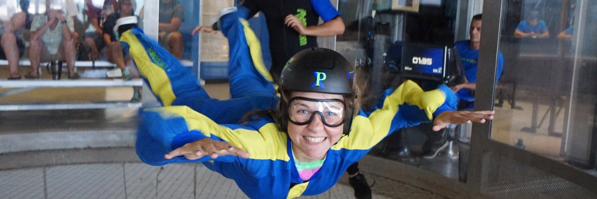 what to wear indoor skydiving