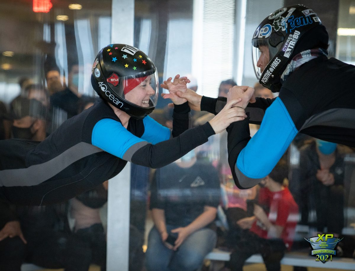 differences between indoor skydiving and skydiving